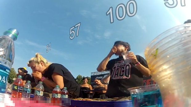 8 dakikada 103 taco yedi!