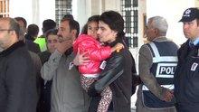 Şehidi, 4 yaşındaki kızı öperek uğurladı