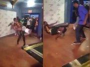 Dansa davetin sınırlarını zorladı