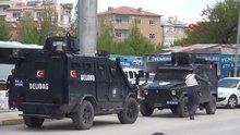 Van'da bombalı saldırı: 2 polis şehit, 1 polis yaralı