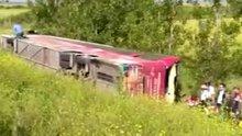 Çanakkale'de şehitliğe ziyaretçi taşıyan yolcu otobüsü devrildi ölü ve yaralılar var
