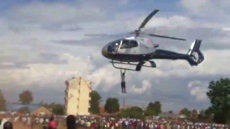 Helikopteri bırakmayan Kenyalı