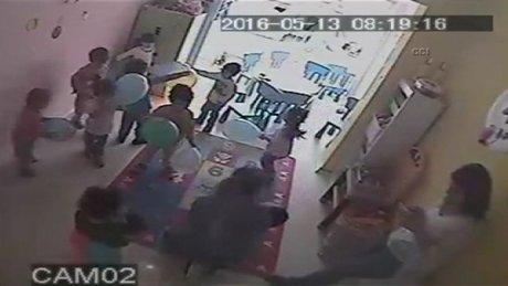 Kreşte çocuklara şiddet güvenlik kamerasında