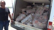 Mersin'de 1,5 ton kokmuş et ele geçirildi