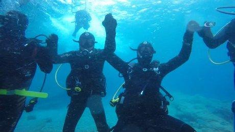 Suyun altında horon teptiler