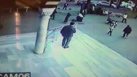 Suriyeli kızın vurulma anı kamerada