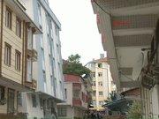 Bahçelievler'de bir bina yıkılma tehlikesiyle tahliye edildi