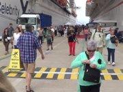 Kuşadası ilk seferinde Kuşadası'na 4 bin turist getirdi