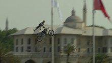 /video/haber/izle/istanbul-bogazinda-rekor-motosiklet-atlayisi/185918