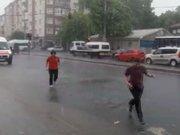 Tekirdağ'da yağmur hayatı olumsuz etkiledi