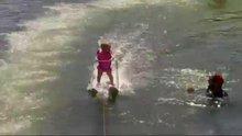 /video/eglence/izle/yurumeyi-ogrenmeden-su-kayagi-yapan-minik/186164