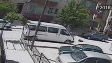 Sürücü 5 yaşındaki çocuğa çarpıp kaçtı