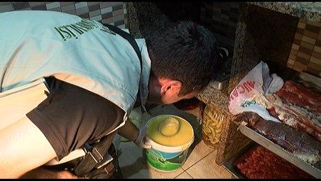 Ramazan öncesi gıda denetiminde şok görüntüler