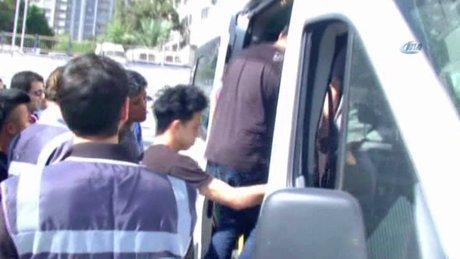 İzmir'e üs kuran dolandırıcılara operasyon