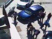 Belediye Başkanına bıçaklı saldırı kamerada