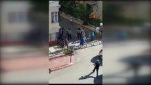 Kadın öğretmene bıçakla saldırdı