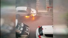 Avcılar'da park halindeki araçlar ateşe verildi