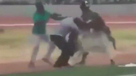 Gana'da büyücülerin kavgası