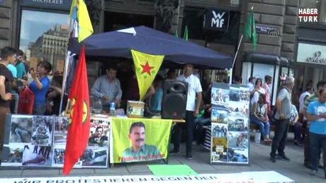 PKK terör örgütü yandaşları, Viyana'da stand açtı