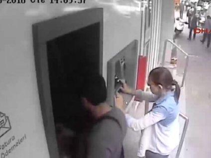 Kopya kartla 488 bin liralık vurgun yapan 5 kişi tutuklandı