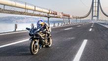 Kenan Sofuoğlu, Osmangazi Köprüsü'nden 400 kilometre hızla geçti
