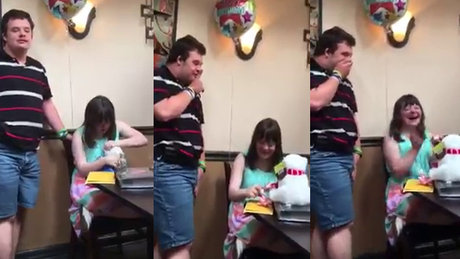 Down Sendromlu genç kıza büyük sürpriz