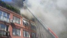 Cihangir'de ünlü oyuncunun dairesinin yangın