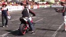 /video/eglence/izle/motosikletcilerin-drift-sovu/193324