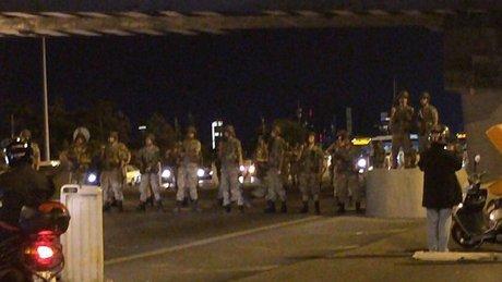 İstanbul'da Boğaziçi ve FSM köprüleri trafiğe kapatıldı