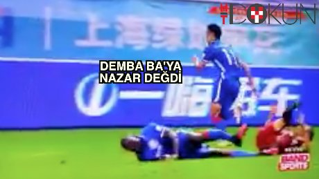 Demba Ba'ya nazar değdi