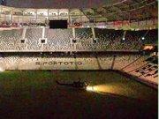Darbe girişimindeki askerler Vodafone Arena'ya helikopterle indi