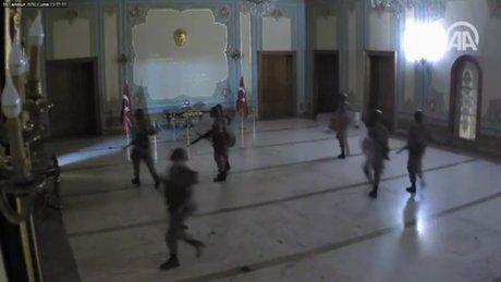Valilik binasında yaşananlar güvenlik kameralarınca kaydedildi