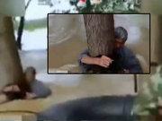 Eşini sel sularından kurtarmak için kendini feda etti