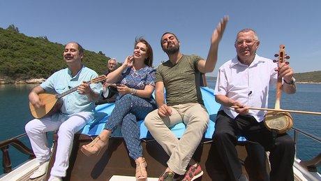 Lezzet Yolculuğu'nun misafiri Deniz Toprak ve Pınar Eliçe oluyor!