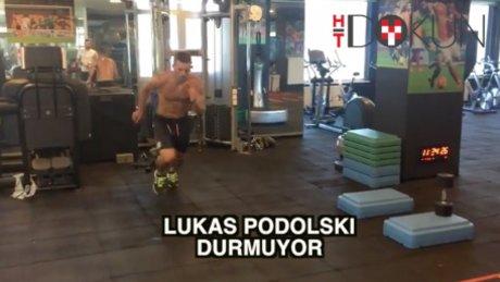 İleri geri Podolski