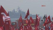 Savaş gemileri Yenikapı açıklarında