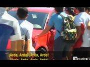 Barcelonalı taraftarlar Arda Turan'ın aracına saldırdı