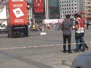 Taksim'de sahipsiz 3 bavul