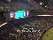 Stadyumdan canlı yayınla Phelps'in yarışı