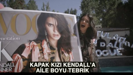 Kendall Jenner'a aile boyu tebrik