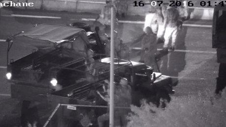 15 Temmuz gecesi Ankara'da yaşananlar güvenlik kameralarına yansıdı