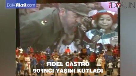 Fidel Castro 90'ıncı doğum gününde kamuoyu karşısına çıktı