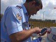 Adana Ölenlerin telefonuna bakan polisin çaresizliği