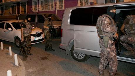 Okmeydanı'nda bazı adreslere operasyon düzenlendi
