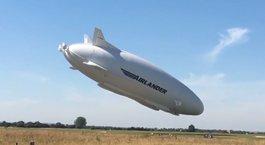 Dünyanın en büyük hava aracı iniş sırasında çakıldı