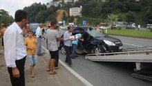 Yolcu otobüsü otomobille çarpıştı: 4 yaralı