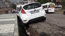 Maltepe'de aşırı yağış nedeniyle yol çöktü