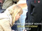 Putin'e muhalif adaya çıplak fotoğraf şoku