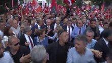 Kılıçdaroğlu, 30 Ağustos Zafer Bayramı Büyük Yürüyüşü'ne katıldı