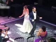Neslihan Atagül - Kadir Doğulu düğün dansı